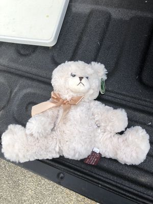 Bearington Bear Huggles Creamy White plush stuffed animal Teddy Bear for Sale in Allison Park, PA