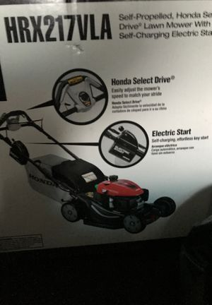 In Box Honda Lawn Mower Move Out For Sale for Sale in Federal Way, WA