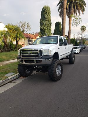 Ford f350 V10 6.8 gas..4×4..133 000mil..1999 year.. for Sale in San Diego, CA