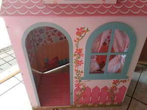 DOLL HOUSE for Sale in Downey, CA