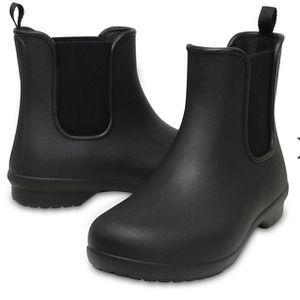 Crocs Freesail Chelsea Boots for Sale in Miami, FL