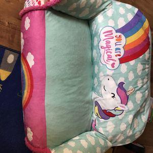 Unicorn Couch for Sale in La Habra, CA