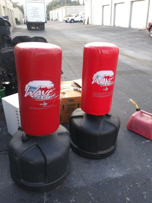 2 wave masters kick n punch bags for Sale in Tampa, FL