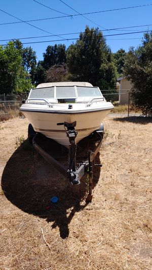 1986 sea ray. Boat 1200. As is . offroad trailer 600 as is. for Sale in Riverside, CA