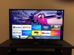 """Samsung smart TV 40"""" for Sale in Fishers, IN"""