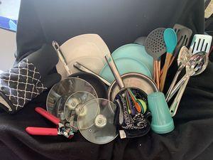 Kitchen supplies! for Sale in Wichita, KS