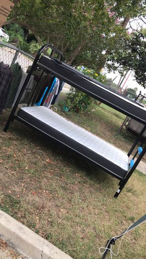 Twin bunk beds for Sale in San Antonio, TX