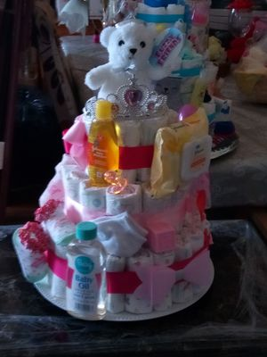 Diaper cake baby products all brand new ,ideal for a gift for a baby cnower. for Sale in Hartford, CT