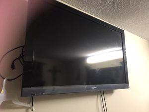 47 size TV for Sale in Rancho Santa Fe, CA