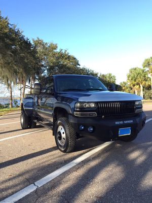 02 chevy Silverado 2500 HD Alison transmission gas8.1L vortex engine converted in to short bed dually for Sale in Largo, FL