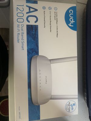 WiFi Router and Extender for Sale in Elyria, OH