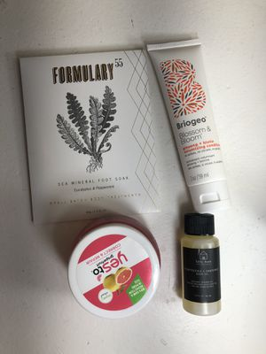 Cruelty free skin and hair care beauty bundle - Briogeo and more! for Sale in San Diego, CA