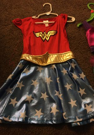 girls costumes good codition for Sale in Phoenix, AZ