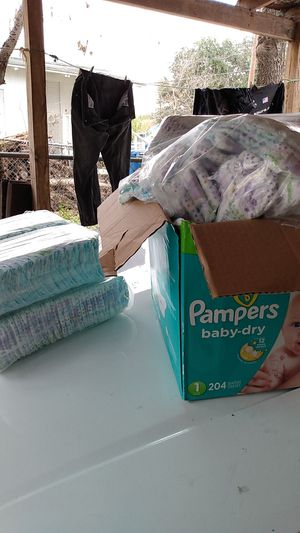 Pampers size 2 and 3 baby for Sale in San Antonio, TX