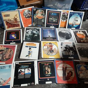RCA SELECTAVISION VIDEO DISC 21 DIFFERENT MOVIES for Sale in Uxbridge, MA