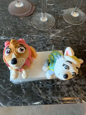 Everest & Skye from Paw Patrol in gum paste for Sale in Lawrenceville, GA