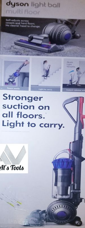 Dyson light ball multi floor corded vacuum for Sale in Paramount, CA