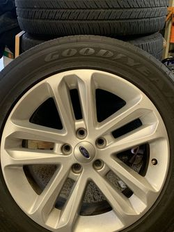Ford Explorer Rims And Tires for Sale in Roseville,  CA