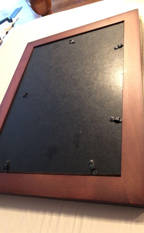 "Wood Photo frame for 4 4x6"" photographs"