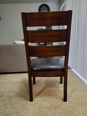 Dinning table for Sale in Bellevue, WA