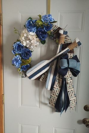 """18"""" grapevine Oar wreath. Handmade. for Sale in Rhinelander, WI"""