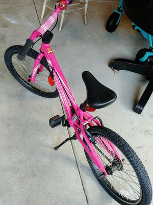 Girls Pink Specialized Bike for Sale in Mill Creek, WA