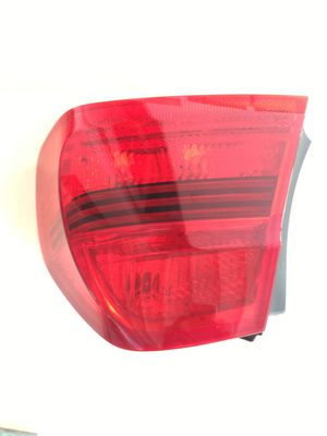 BMW Right Outer Tail light for Fender 63217161956 NEW OEM for Sale in Miami, FL