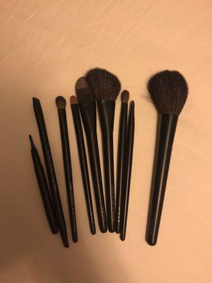 Avon Makeup brush set for Sale in Austin, TX