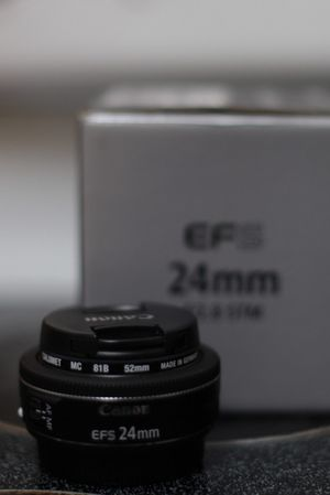 Canon ef 24mm f/2.8 STM for Sale in San Diego, CA