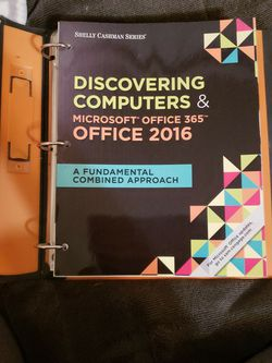 Text Book -microsoft Office 365 for Sale in Butler,  PA