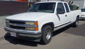 1998 chevy pick up silverado for Sale in San Diego, CA