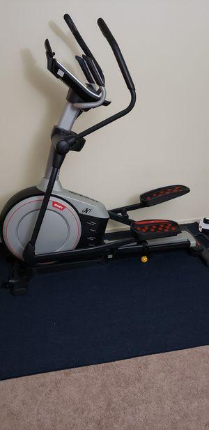Norditrack elliptical ellite 10.9 for Sale in Arlington Heights, IL