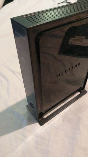 Netgear Wnr2000 v3 wifi router for Sale in Hampton, GA