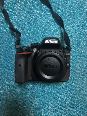 Nikon D5300 camera and lens for Sale in Chicago, IL