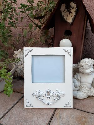 BEAUTIFUL PICTURE FRAME SHABBY CHIC STYLE for Sale in Phoenix, AZ