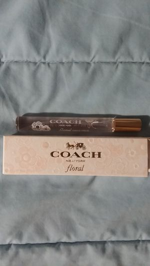 +New Coach Floral perfume+ for Sale in Houghton Lake, MI