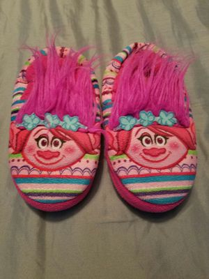 Girls trolls slippers for Sale in Madera, CA