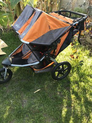 BOB Revolution SE Duallie jogging stroller and accessories for Sale in Kingsburg, CA