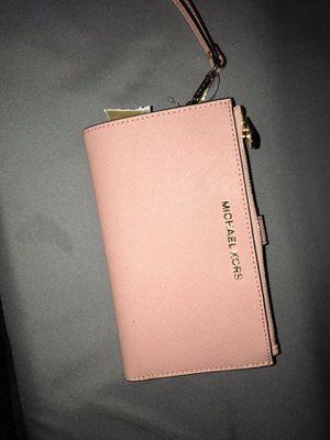 Michael Kors wallet for Sale in Hemet, CA