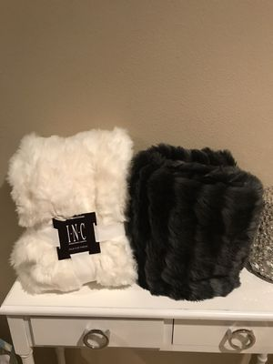 2 fur blankets for Sale in Vancouver, WA