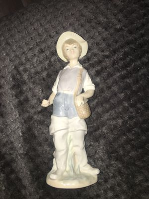 Lladro Gone Fishin' Figurine for Sale in Redlands, CA