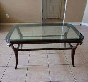 Metal & glass coffee table for Sale in Riverview, FL
