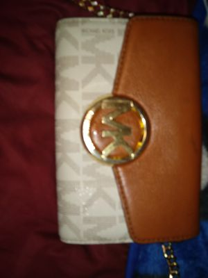 Michael kors crossbody new condition for Sale in Las Vegas, NV