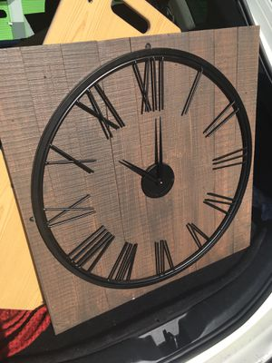 Kitchen or living room clock for Sale in Goulds, FL