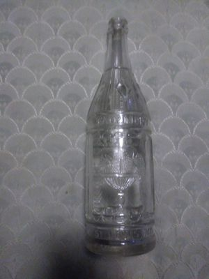 Antique 1900 s bottle for Sale in St. Louis, MO