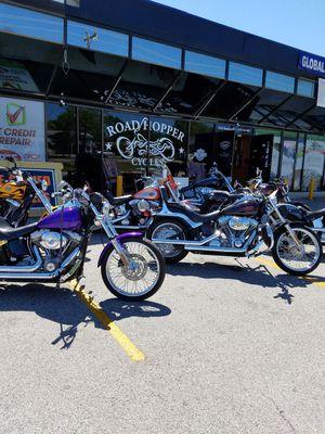 Harley-Davidson mechanic ROAD HOPPER CYCLES for Sale in San Antonio, TX