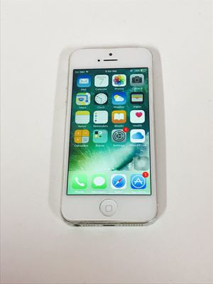iPhone 5 16Gb Unlocked Read the details! for Sale in Queens, NY
