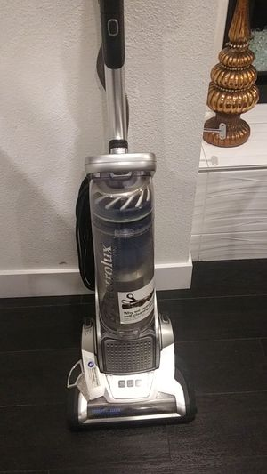 Flectrolux precision vacuum $45 obo for Sale in Long Beach, CA