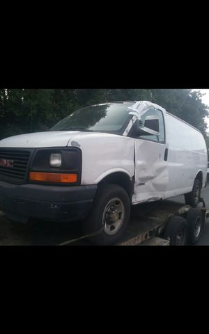 Parting out 2005 Cargo van GMC for Sale in South Gate, CA
