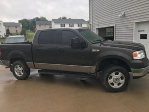 2005 Ford F-150 4x4, four door. Power locks, windows, keyless entry, 175000 miles. This truck runs and drives great. I have taken very good care o for Sale in Hannibal, MO